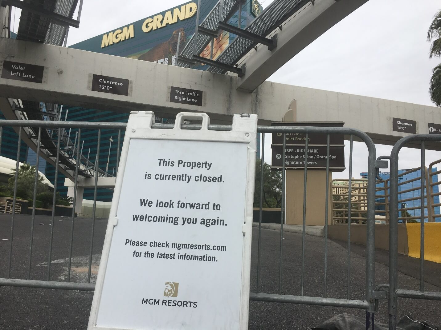mgm grand closed